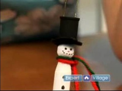 Arts & Crafts With Clothespins : How to Make a Snowman With Clothespins