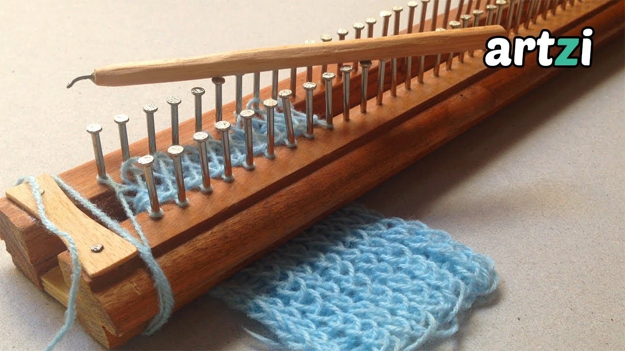 how to use a knitting loom