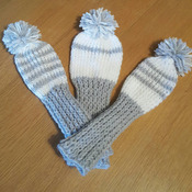 knitted 3 piece golf club head cover set in pale grey and white