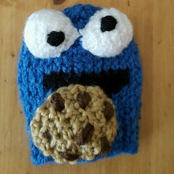 knitted gear knob cover in fun cookie monster design