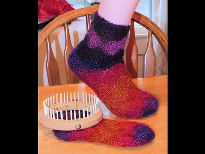 How to Loom Knit Faux Entrelac Socks