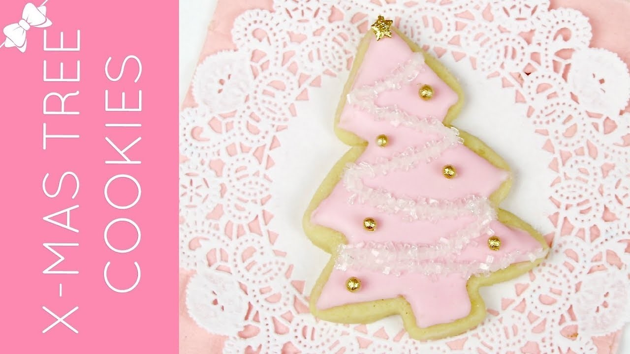 How To Decorate Easy Christmas Tree Cut Out Sugar Cookies. Lindsay Ann Bakes