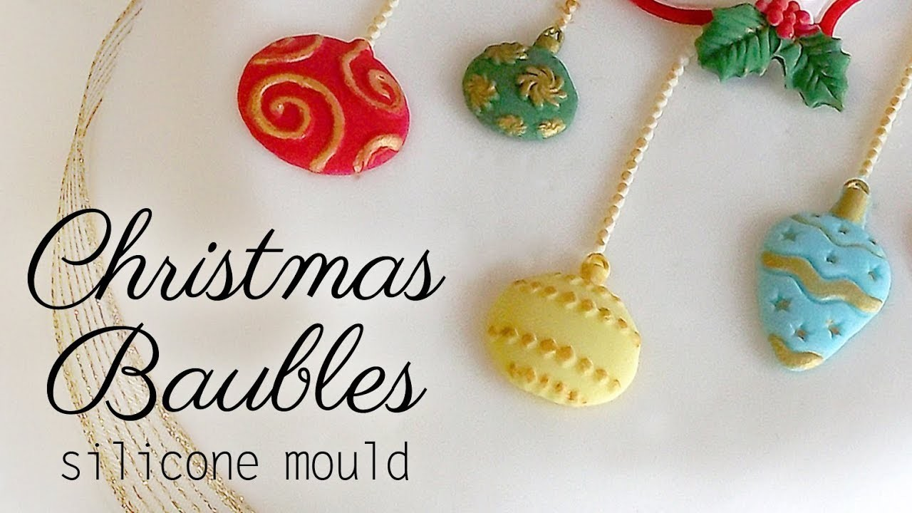 How To Use Our Christmas Baubles Cake Decorating Mould