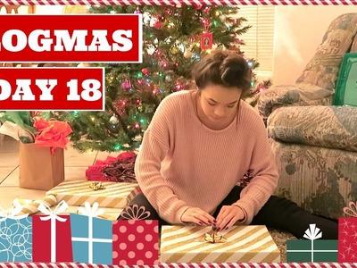 HOW TO WRAP CHRISTMAS PRESENTS | Vlogmas Day 18