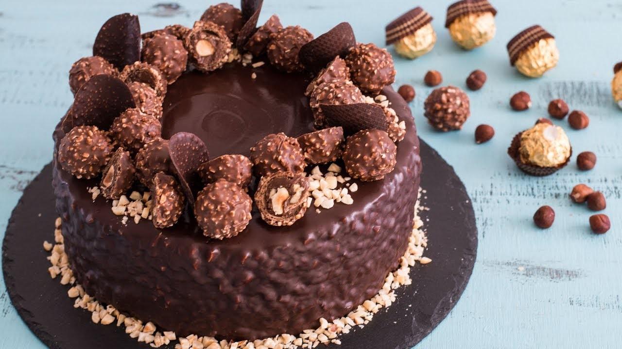 Small Chocolate Cake Recipe Jamie Oliver: Ferrero Rocher Cake Jamie Oliver