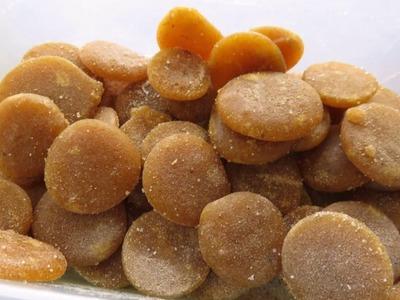 खाँसी से राहत के लिए घर में गोलियाँ बनायें, बिना chemical preservatives के. Homemade Cough drops