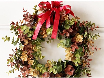 Adding Wreaths to Your Interior Doors for The Holidays    Simple Decorating Tips    Christmas 2017