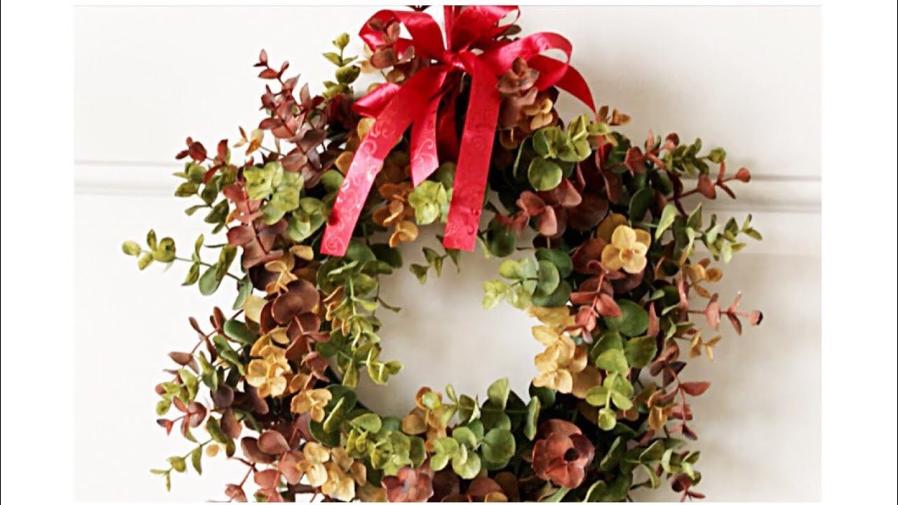 Adding Wreaths to Your Interior Doors for The Holidays || Simple Decorating Tips || Christmas 2017