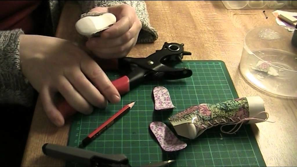 FDS Tutorial: Making boots using the pattern, part 2