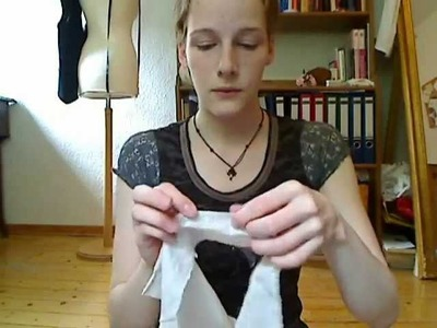 Making a Regency-dress 7: Buttonholes and sleeves