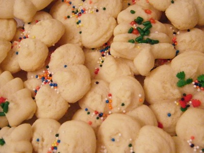 BUTTERY CREAM CHEESE SPRITZ COOKIES! Cookie Press how to!