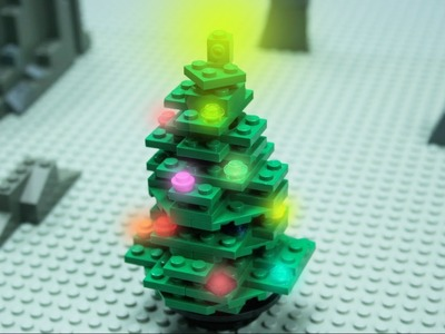 How to Build a LEGO Christmas Tree - Stop Motion