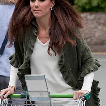 PRINCESS KATE SHOPPING SHAWL KNIT PATTERN