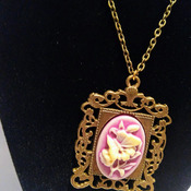Vintage Style Antique Bronze Purple Cameo Pendent Necklace.