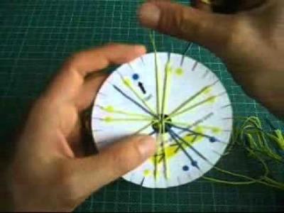 How to make friendship bracelets with a braiding loom