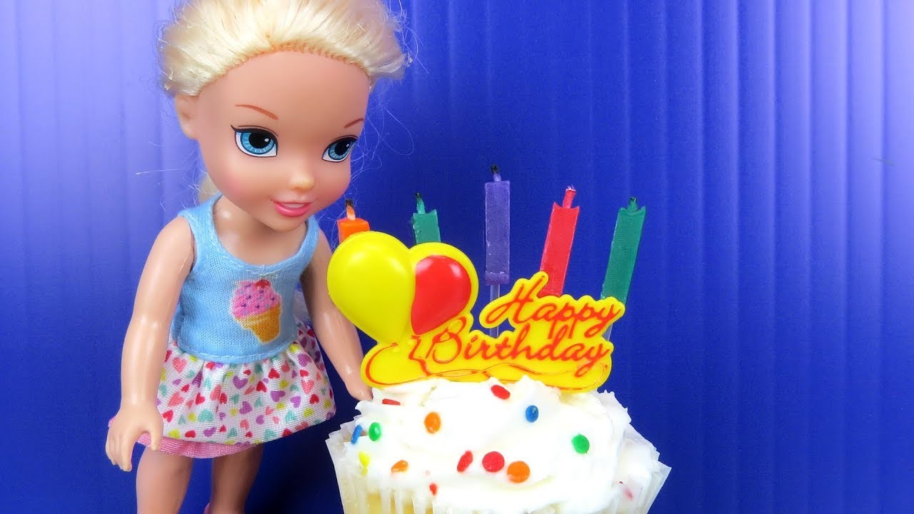 Gift, Elsas BIRTHDAY party ! Elsa and Anna toddlers party with ...
