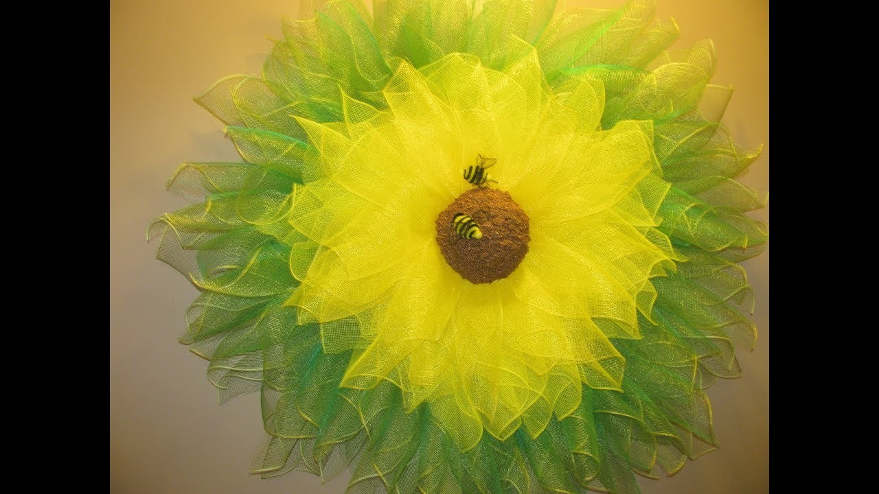 How To Make Carmens Huge Sunflower Wreath Made With Heart Wreath Frames