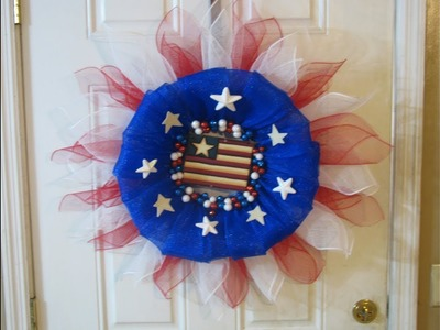 How To Make Carmen's Red White And Blue Bubble Wreath