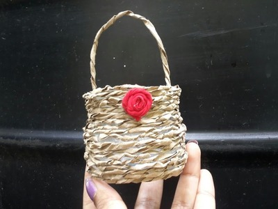How to make cute basket from plastic bottle.Recycled bottle craft