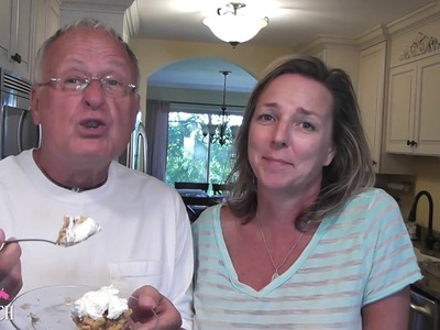 Apple Bars ~ In the Kitchen with Mona and Greg ~ Craft Klatch