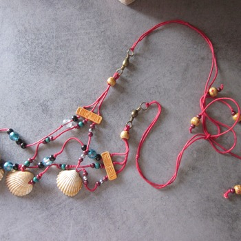 esotic ethnic necklace