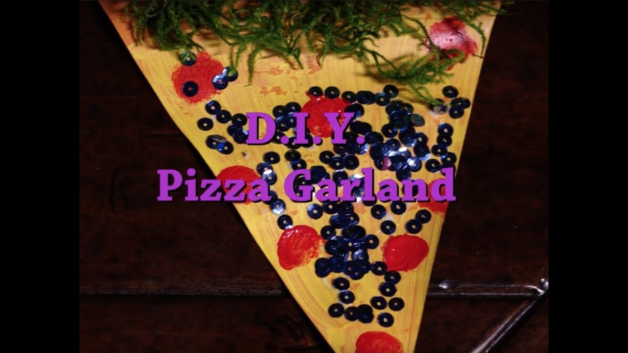 COOKING WITH CARLINA: DIY GARLAND WITH BEYONCÉ'S #1 FAN!