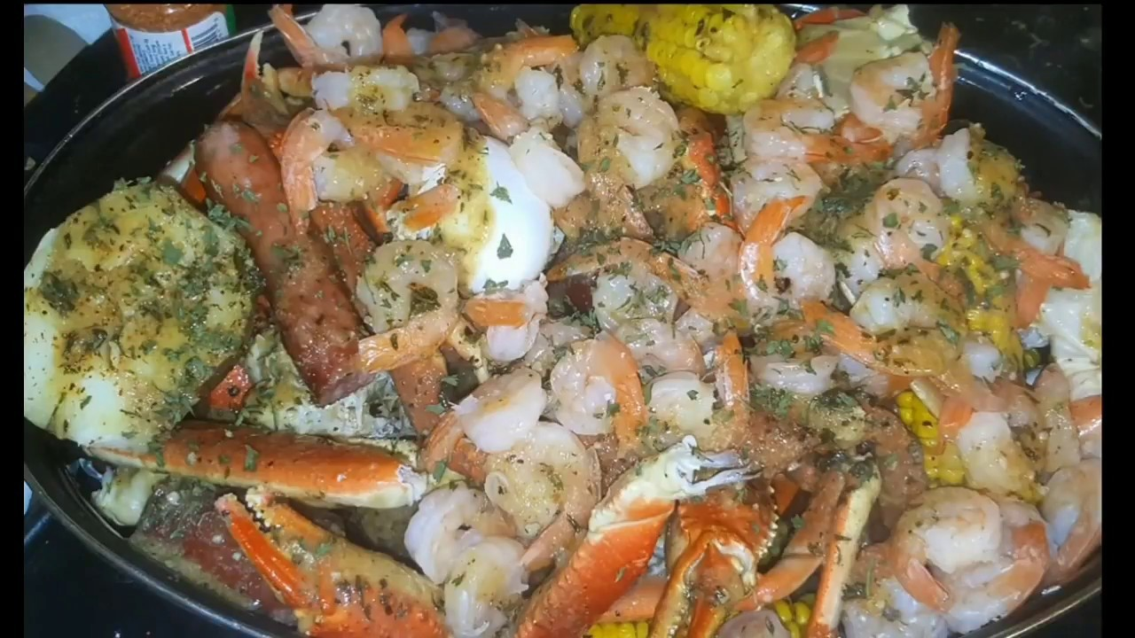 SEAFOOD BOIL DIY || HOW TO MAKE THE BEST SEAFOOD BOIL SAUCE