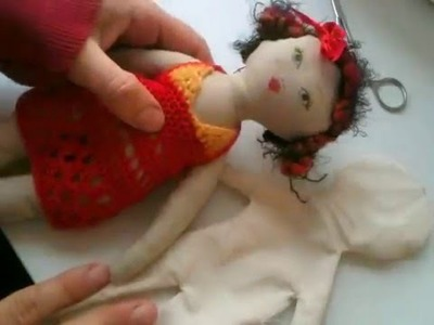Cloth doll tutorial 4: Turning the doll and stuffing