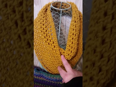 Crochet triangle scarf techniques explanation  of how to create this
