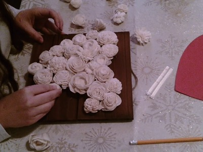 How to make a  Wood Flower Heart Decor