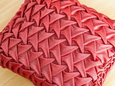 Smocked Pillows for Living Rooms: New Home Decor DIY
