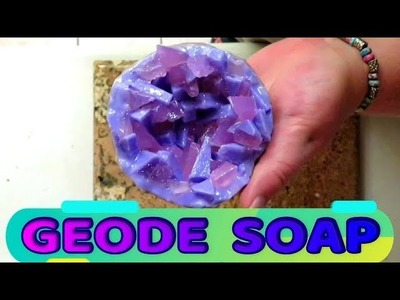 DIY HOW TO MAKE GEODE SOAP - MELT AND POUR TUTORIAL