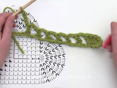 How to crochet a heart shaped place mat for Valentine