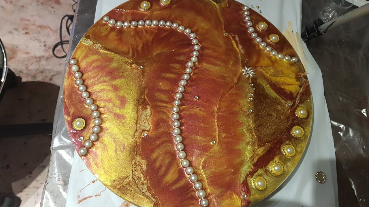 Resin Art for beginners.How to mix powder pigments.pearl beads and diamonties.Start to finish