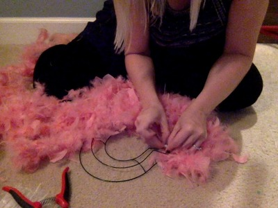 Valentine's Day Feather Heart Wreath - Under 10 minutes and $10!