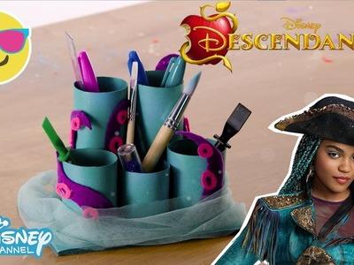 Descendants 2 | Craft Tutorial: Uma's Desk Organiser ???? | Official Disney Channel UK