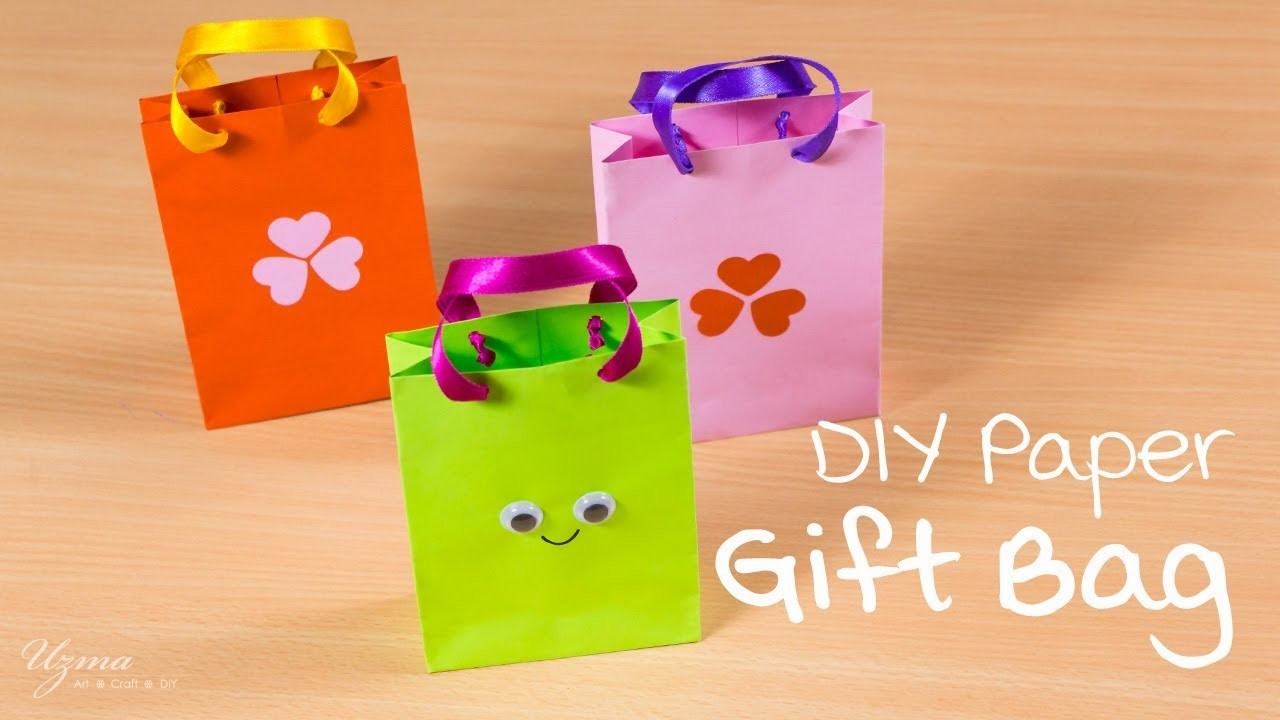 Diy paper gift bag cute and easy paper craft my crafts for Craft paper gift bags
