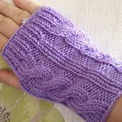 Hand knit wristwarmers
