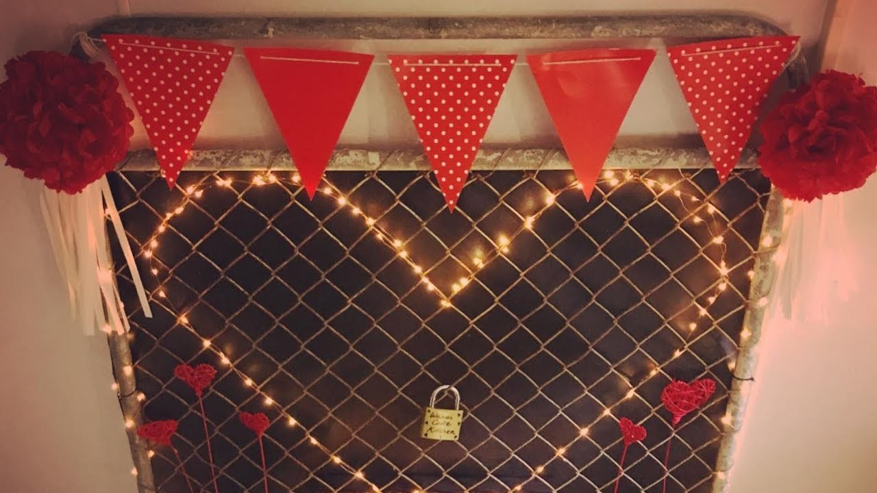 DIY Valentines Day love lock gate | Shop decorations