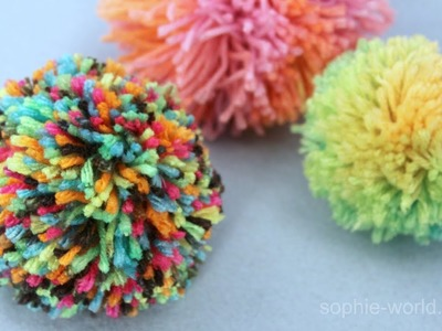 How to Make a Yarn Pom Pom | Sophie's World