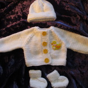 Hand knitted Jacket Hat & Socks set for Baby Reborn 17-19 Inch Doll Cream/Duck