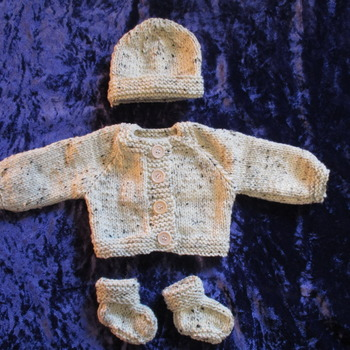 Hand knitted Jacket Hat & Socks set for Baby Reborn 17-19 Inch Doll Tweed Aran 25% Wool