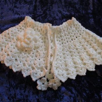 Victorian Style Capelet/Prom Cape Cream
