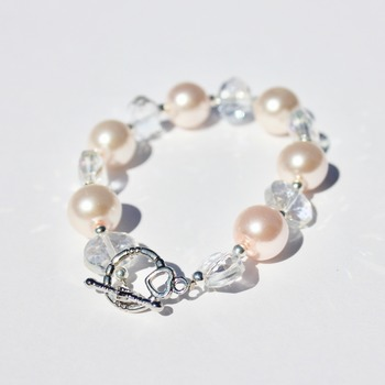 Pink Glass Pearl and Clear Iridescent Bead Bracelet