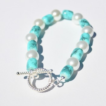 Turquoise Barrel Bead Bracelet with Glass Pearl Accents