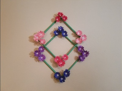 Wall decoration with paper flowers - DIY