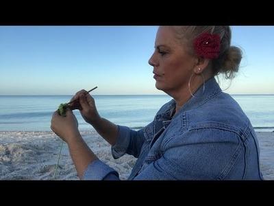 Yarn on the Beach 060 how to crochet a lucky clover step by step