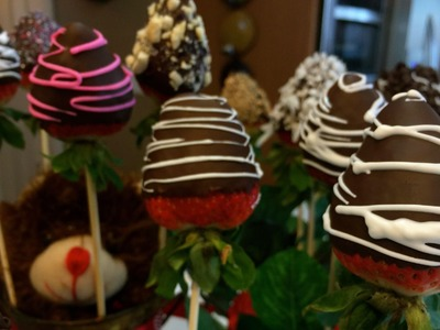 CHOCOLATE COVERED STRAWBERRIES:) EASY, SIMPLE, DELICIOUS!