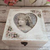 Decoupage wooden box