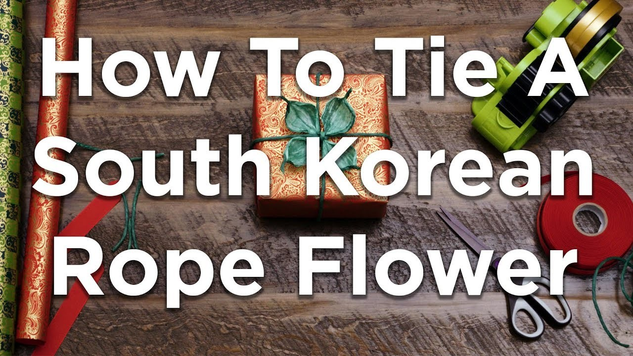 How to add a South Korean rope flower to wrapped gifts